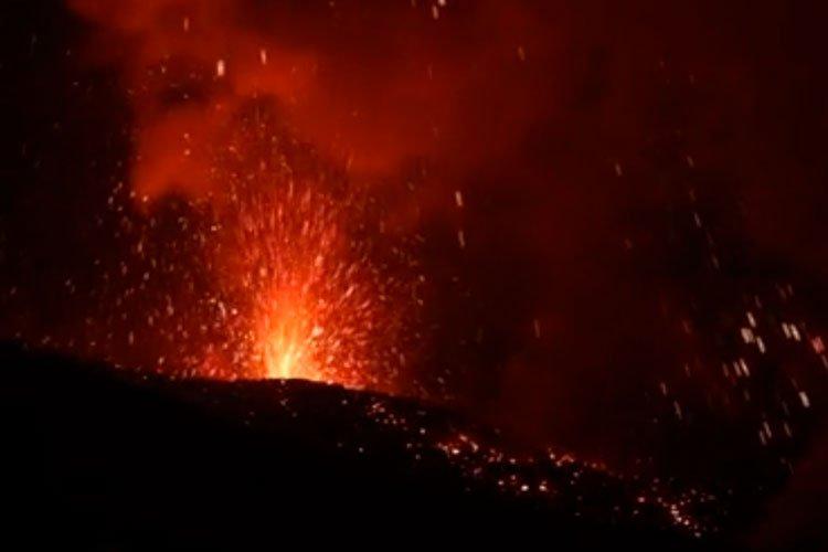 Erupción del Volcán Etna Julio 2019