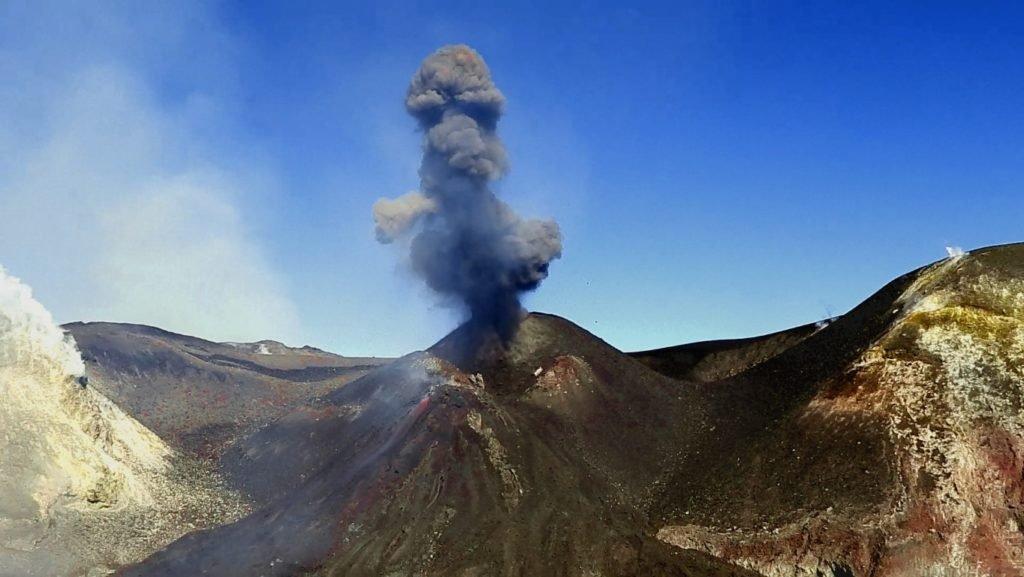 Erupción del Etna 17 febrero 2020