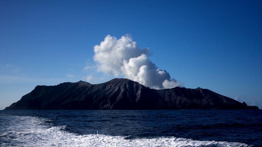 volcan white island nueva zelanda