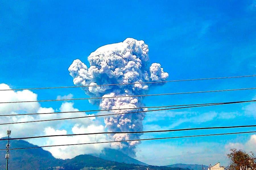 Erupcion Volcan Sta Maria Guatemala